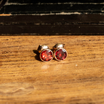 Garnet 9k 9k Rose Gold Bezel Set Stud Earrings, January Birthstone Earrings.