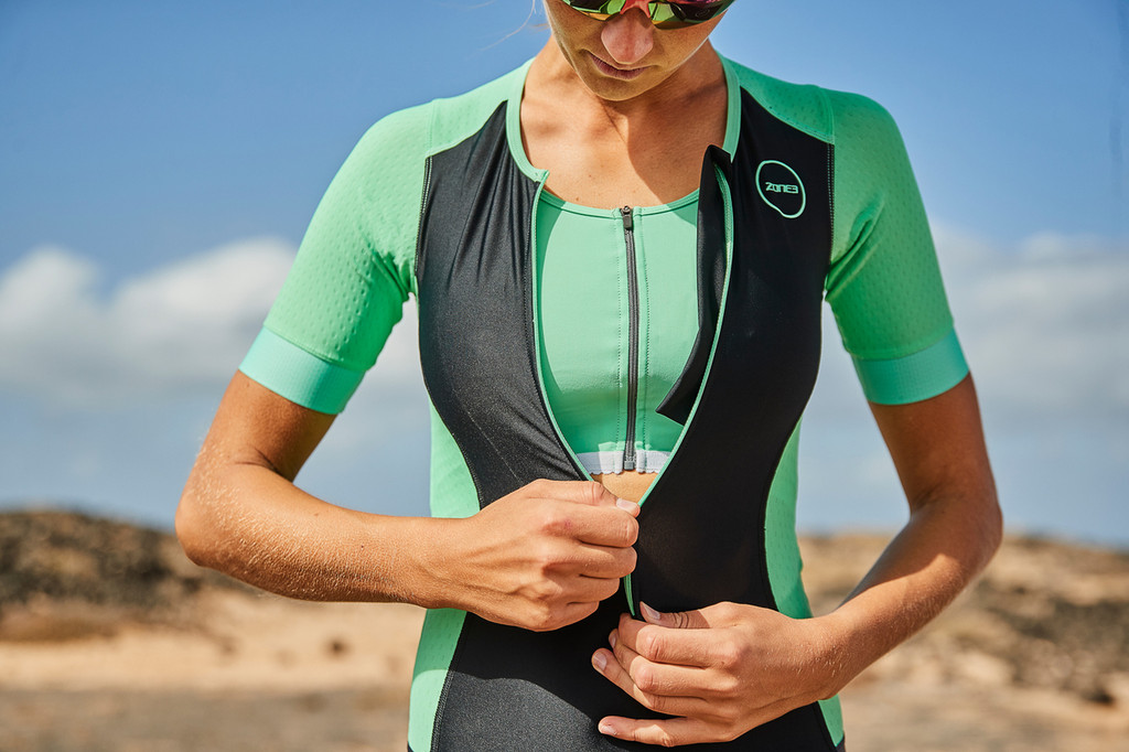 Zone3 - Aquaflo Plus Short Sleeve Trisuit - Women's - 2019