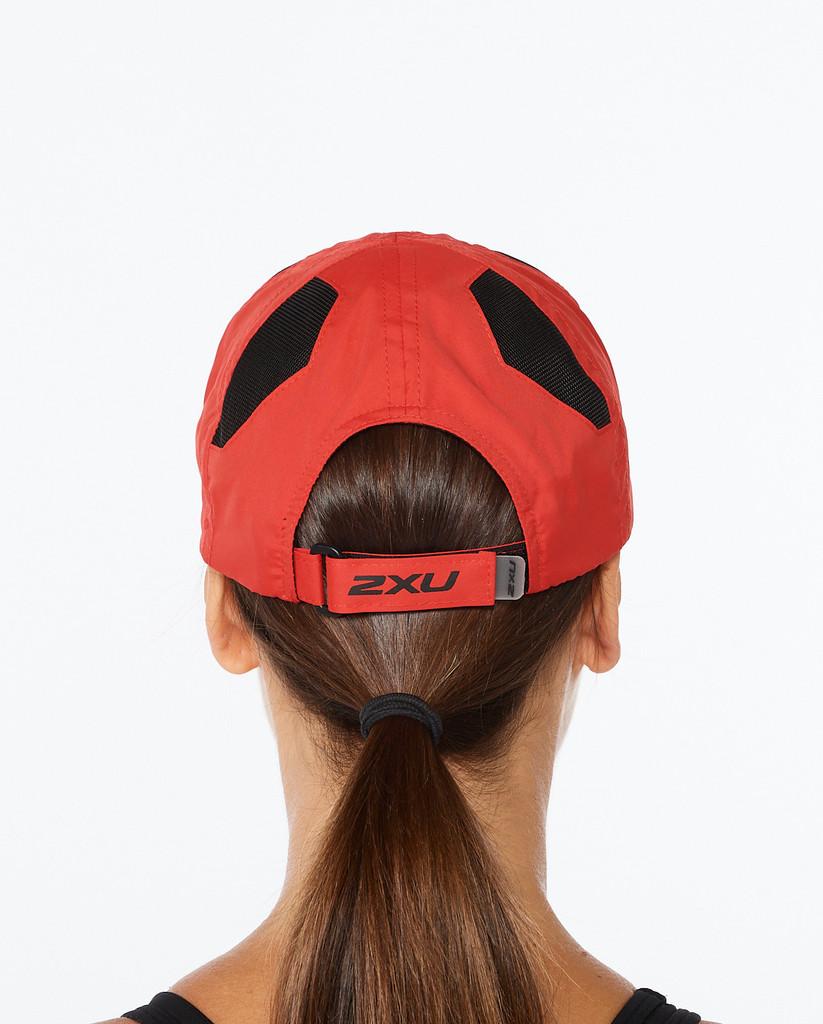 2XU - Unisex Run Cap - Rust/Black