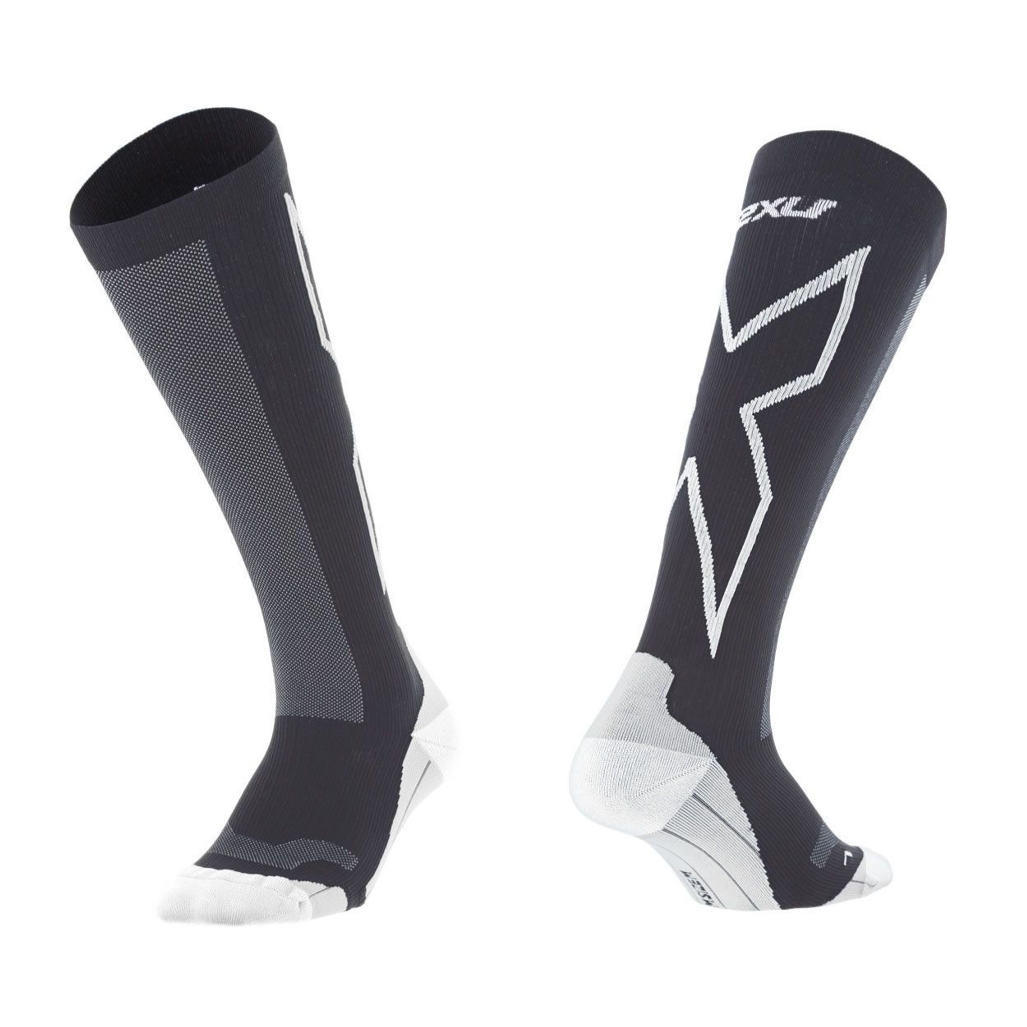 2XU Performance Compression Circulation Recovery Race Training Running Socks NEW