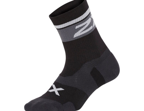 2XU - VECTR Unisex Cushion Crew Socks - Black/White