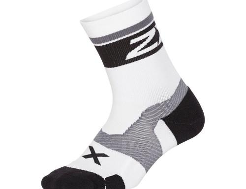 2XU - VECTR Unisex Cushion Crew Socks - White/Black