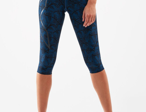 2XU - Print Mid-Rise Compression 3/4 Tights - Women's - Butterfly Effect Poseidon/Nero - AW20