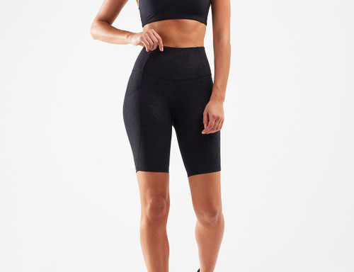 2XU - Women's Fitness New Heights Bike Shorts - Embossed Blossom Camo/Black Outline - Autumn/Winter 2020