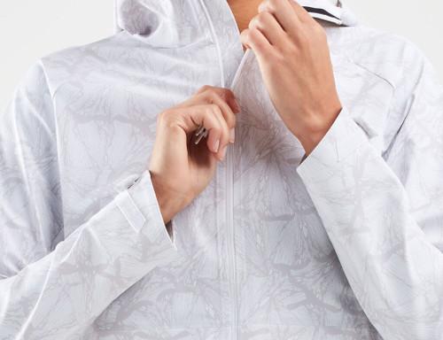 2XU - Women's GHST Waterproof Jacket - Butterfly Effect White/White