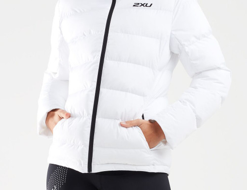 2XU - Women's UTILITY Insulation Jacket - White/Black - Autumn/Winter 2020