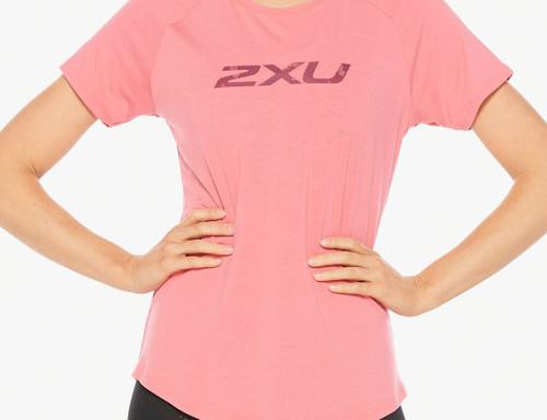 2XU - CONTENDER Women's Short-Sleeved Tee - Pink Lift/Blossom Camo - Autumn/Winter 2020