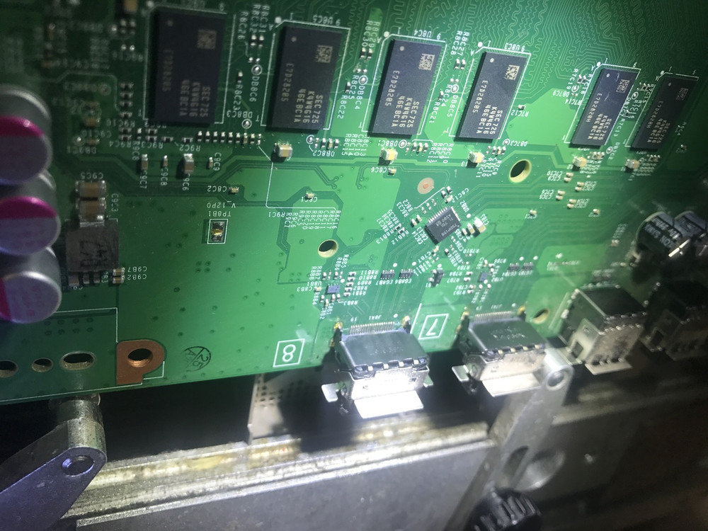 Xbox one damaged HDMI connector replacement machine soldering