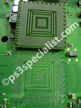 A close up picture for the motherboard and the graphics chip before soldering