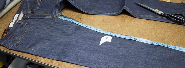 How to hem jeans & mark knee position for best alteration outcome