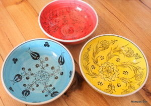 20cm colourful 'Mediterranean' bowls. Food safe, hand wash.