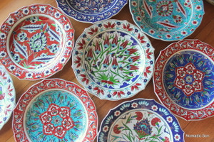 Hanging 30cm plates hand painted in traditional Ottoman designs. Made in Turkey.