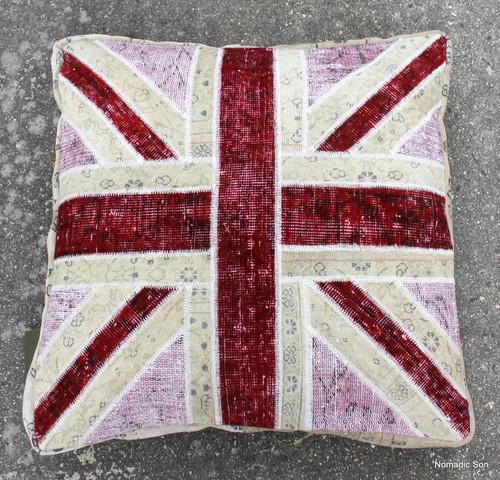 Union Jack Ottoman - Pink (75*75*15cm) SOLD
