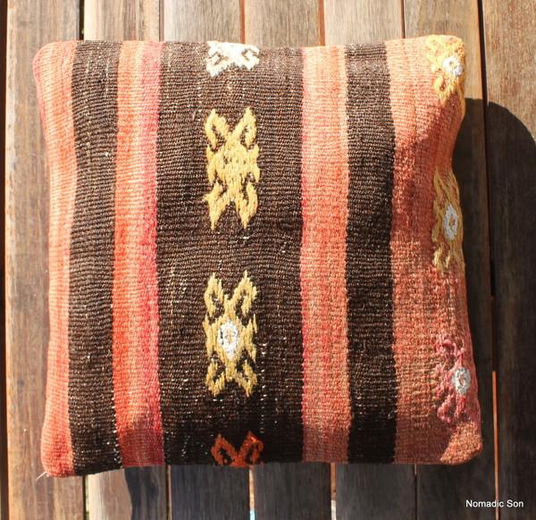 Vintage kilim cover - small (40*40cm) #1127