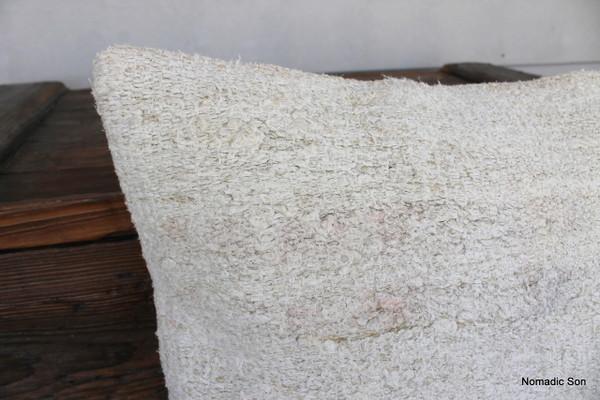 Vintage Hemp kilim cover - medium (50*50cm) - #FF326