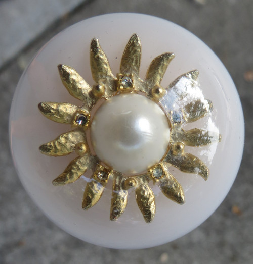 Golden Star Pearl Brooch Shift Knob