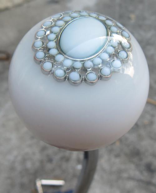 White Oval Beaded Brooch Shift Knob