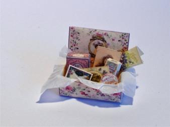 Download  - lady's Box with perfume,toiletries & ephemera - lilac