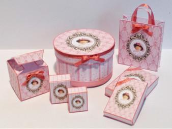 Download  - Lady Daphne Presentation Box & Bag Kit
