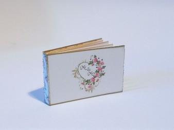 Wedding Guest Book - Mr & Mrs
