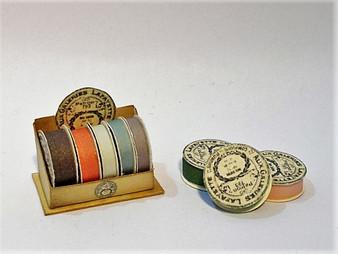 Kit - Ribbon Display Stand - Vintage style