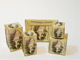 Download - Heliotrope Toiletry Boxes