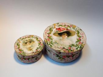 Download - Spring Fashions Hat Boxes