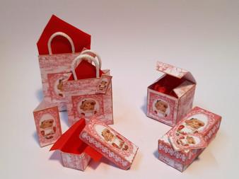 Kit - Vintage Girl No 5 Boxes & Bags