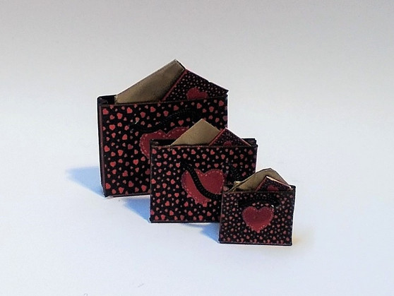 Download - Valentine Gift Bags Black & Red