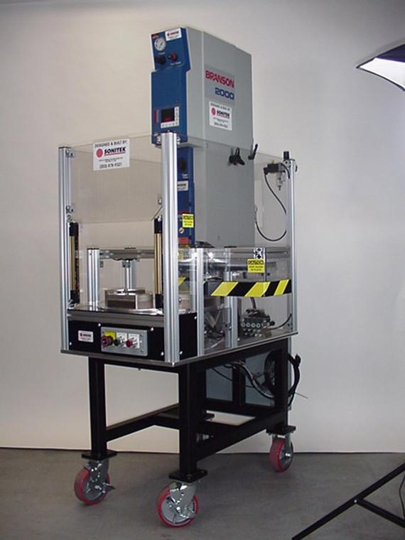 Ultrasonic Clamshell Sealing