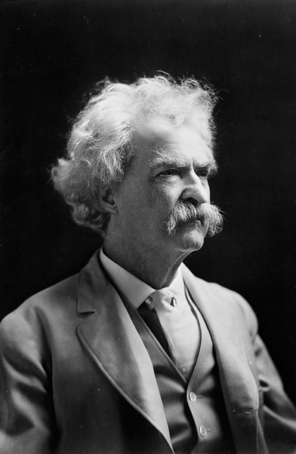 Portrait of Mark Twain in black and white.