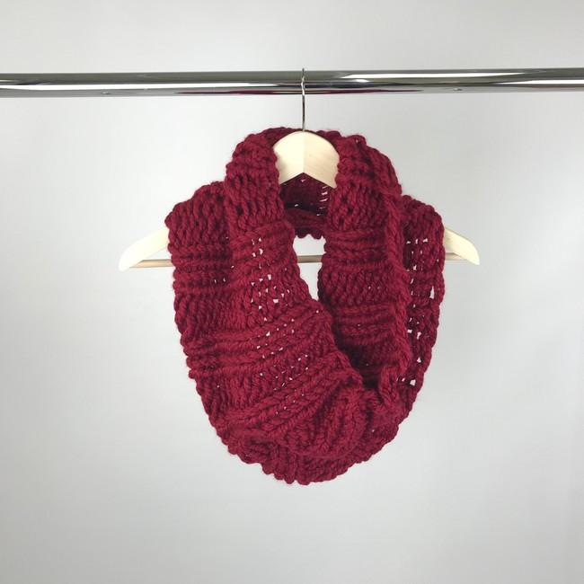 chunky yarn scarf