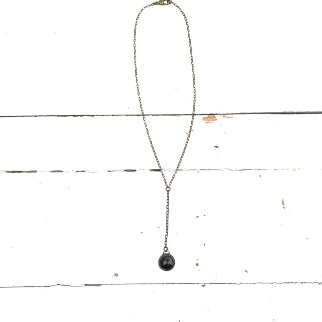 black y necklace