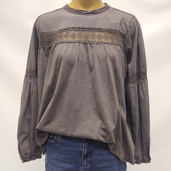 women's tops with lace