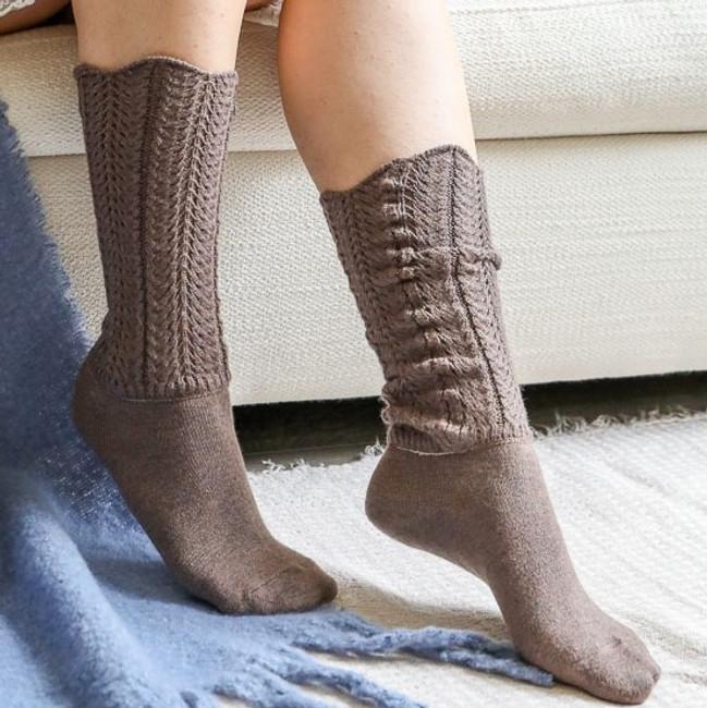 Shell Stitch Crew Socks