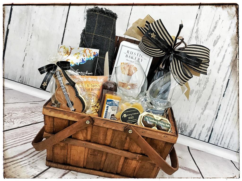 Date Night Picnic Gift Basket