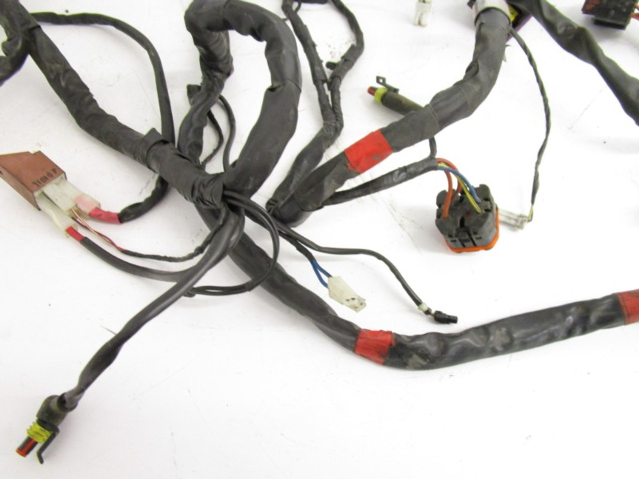 07 piaggio mp3 250 scooter used main wire harness wiring plugs  connectors