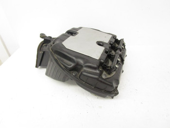 10 Kawasaki ZX6R  Air Box W/ Top Fuel Rail 11010-0198