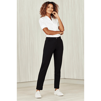 CL953LL - Womens Comfort Waist Slim Leg Pant Display