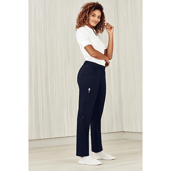 CL954LL - Womens Comfort Waist Cargo Pant Display