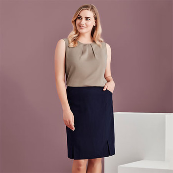 20720 - Womens Front Pleat Detail Straight Skirt - Display