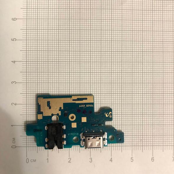 Samsung Galaxy A40 A405F Charging Port PCB Board   Parts4Repair.com