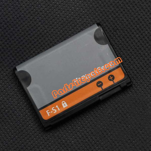 BlackBerry Torch 9800 Battery from www.parts4repair.com