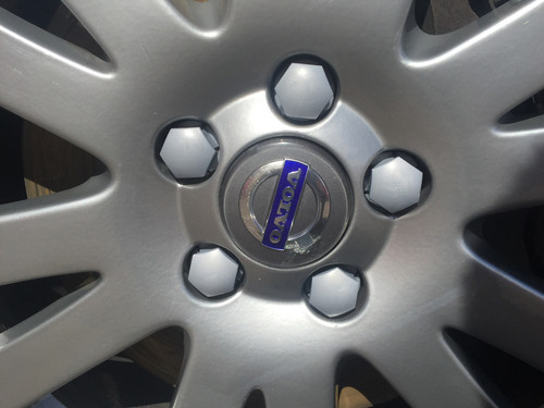Genuine Volvo 31660917 Genuine Volvo Wheel Bolt Cover Kit, Silver