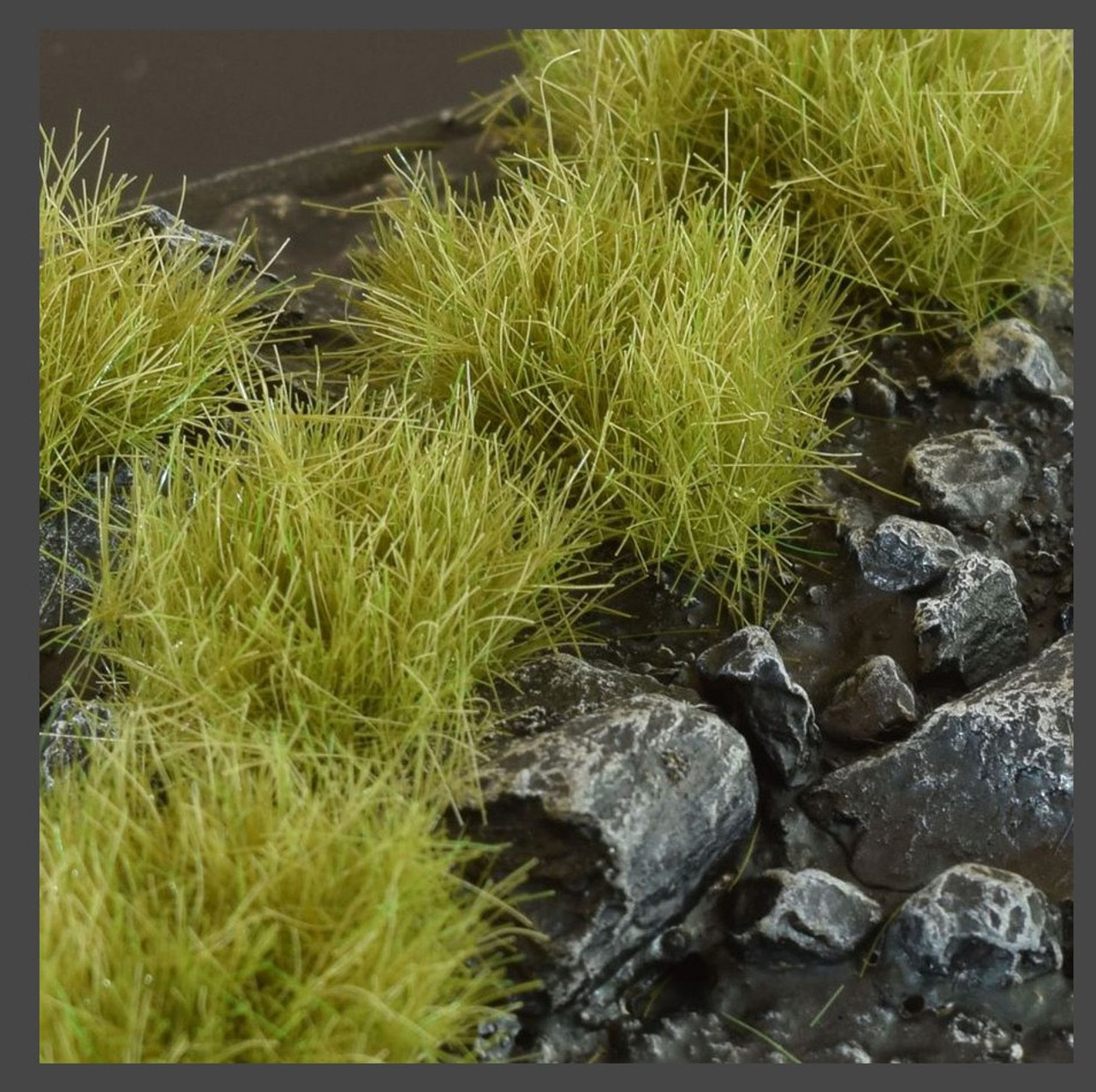 Special Tufts Gamers Grass Green Shrub