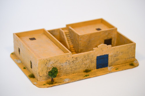 Walled Compound With Removable Roof (MDF) - 15MMDF036-R