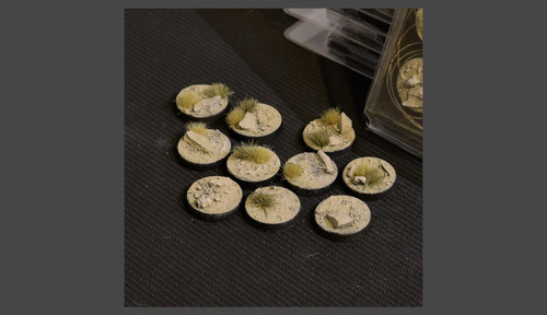 Battle Ready Bases: Arid Steppe Round 25mm (x10)