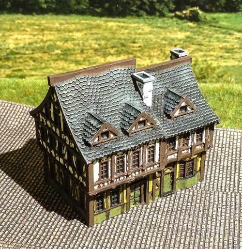 6mm Tudor Building - 285MEV131