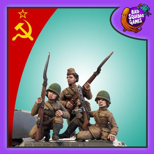 Soviet Female Tank Riders (3)
