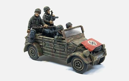 Kubelwagen + 4 FJ crew